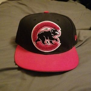 Unique Fitted Chicago Cubs Hat. 7 1/8